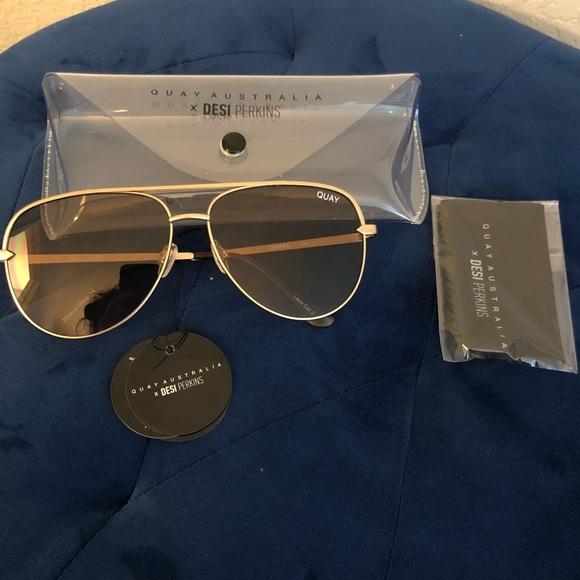 cc26879817 Quay Sahara Sunglasses Gold Taupe
